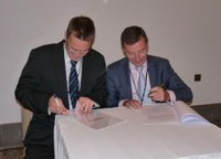REMPEC and Sea Alarm MoU signed